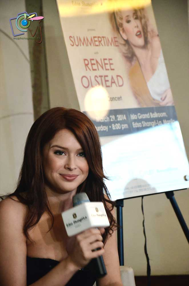 Renee Olstead Summertime.jpg (8)
