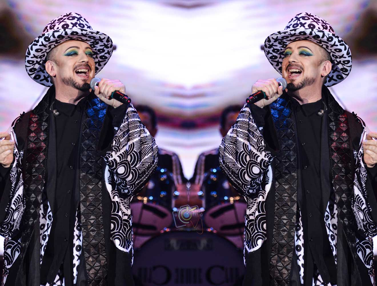 Boy-George-Live-In-Manila-(9)