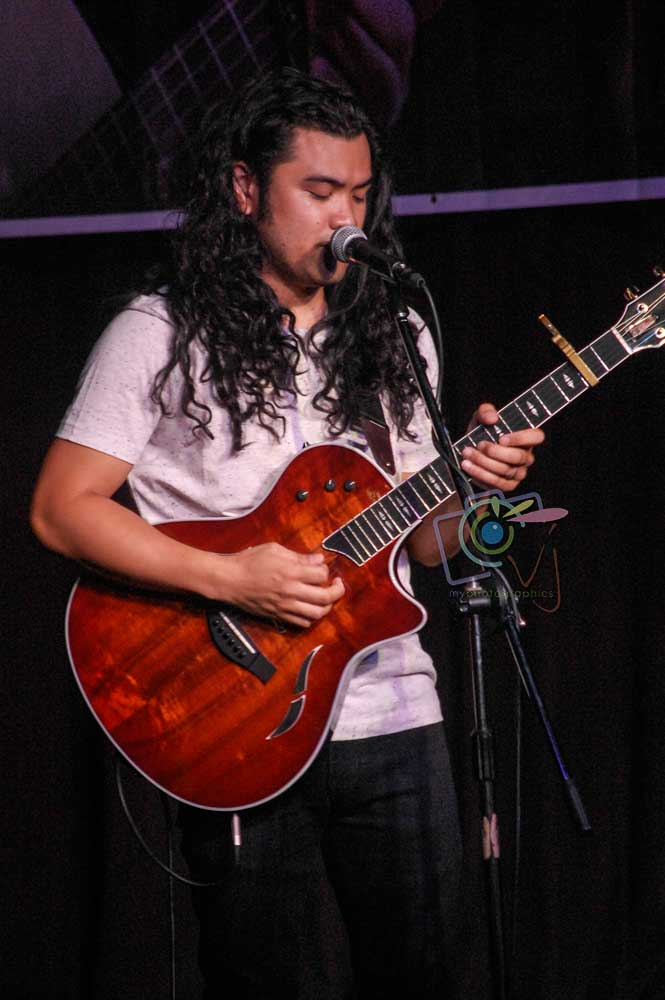 In Photos: Gabe Bondoc Live in Manila